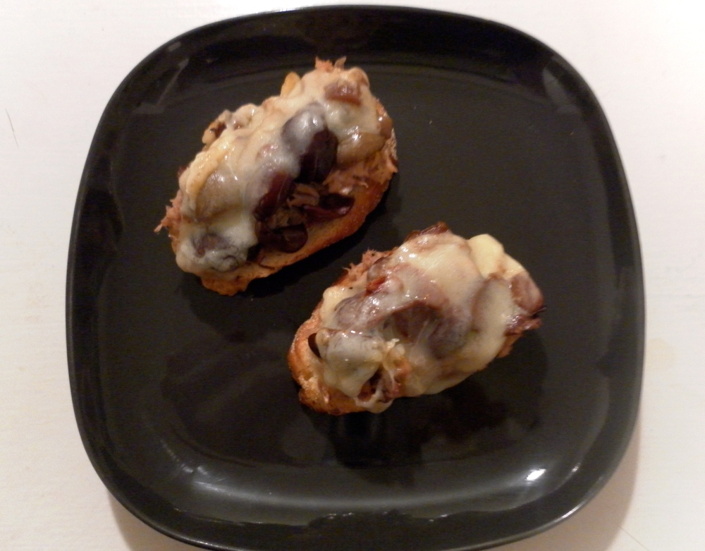 Tuna and Olive Crostini Recipe
